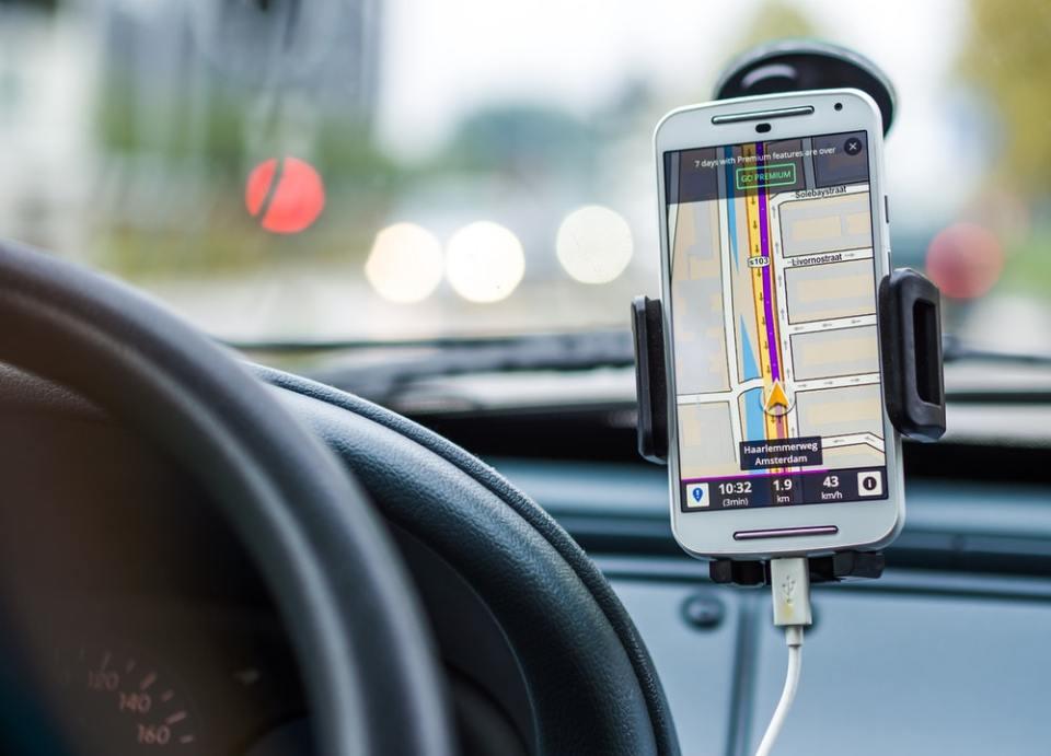 Para hacer tu ruta de viaje en Google Maps es necesario utilizar la herramienta de creación de mapas