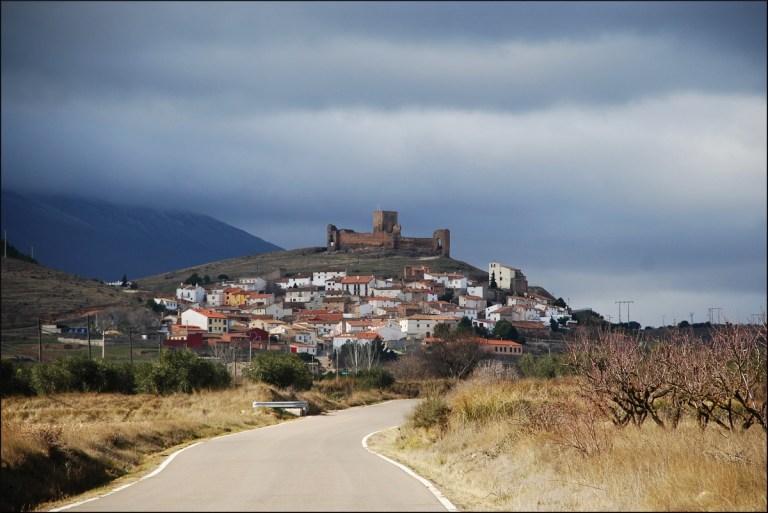 Trasmoz es uno de los pueblos cerca de Zaragoza más peculiares: es el único excomulgado en España