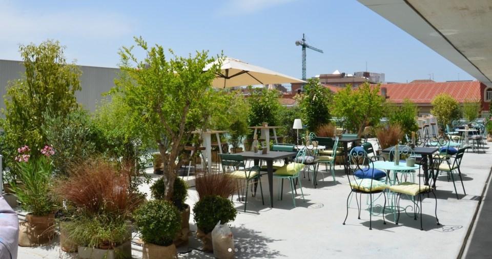 bares baratos con terraza