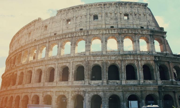 El Coliseo es uno de los monumentos de Roma más emblemáticos