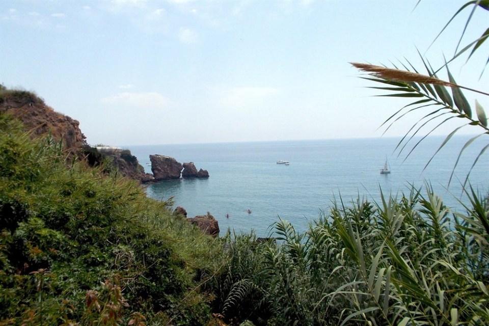 caleta de Maro mejores playas de Andalucía
