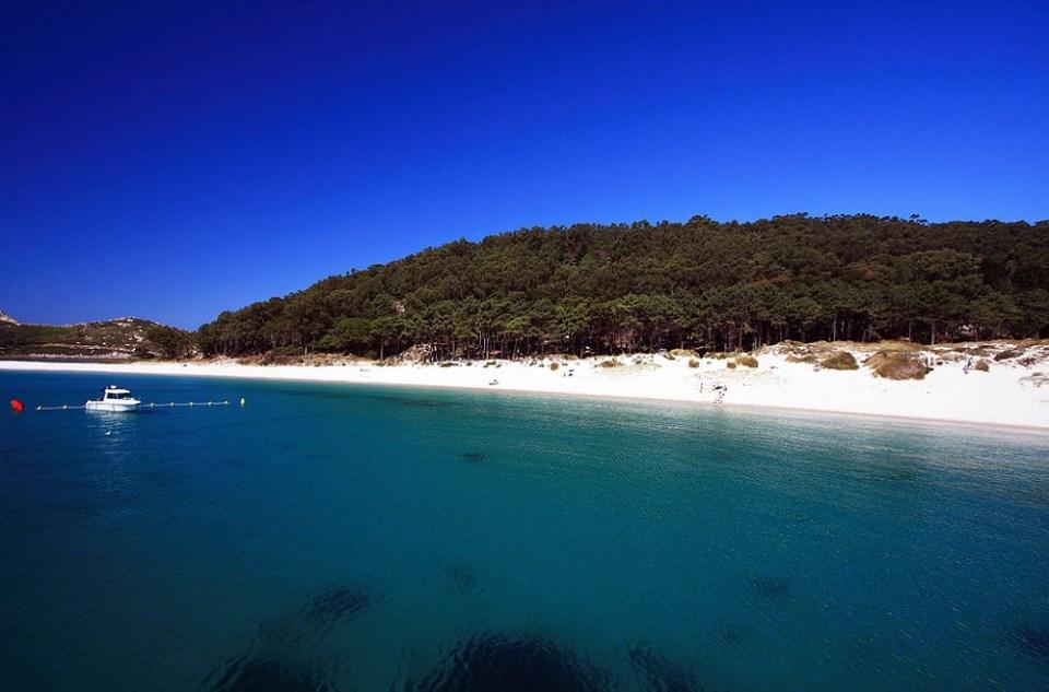 La playa de Rodas fue reconocida por el diario británico The Guardian como una de las mejores del mundo