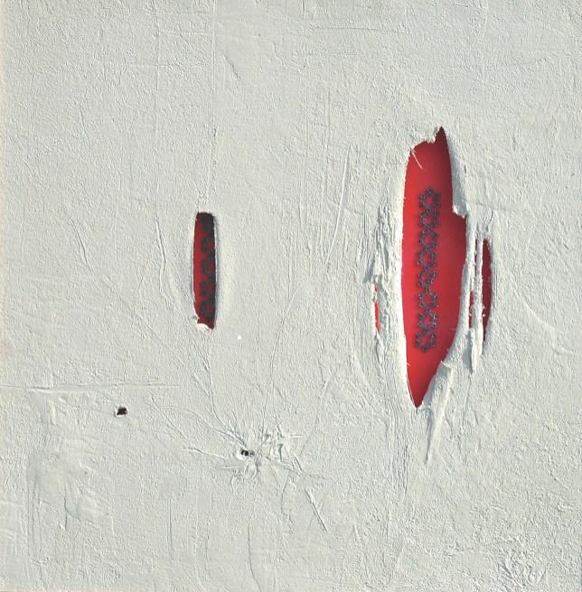 arch.n. 808 Finesta rossa Affresco su tela + ricamo a perline su seconda tela, cm 103x90 - anno 2004