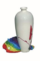 arch.n. 778 Colori vaso Ceramica, poliuretano, acrilici - h 45 - anno 2005