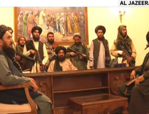 """i-talebani-sono-a-kabul,-e-la-resa-dell'occidente:-il-presidente-in-fuga,-""""sara-proclamato-l'emirato-islamico"""".-esplosioni-nella-capitale,-evacuazioni-usa-e-ue""""-–-la-diretta"""