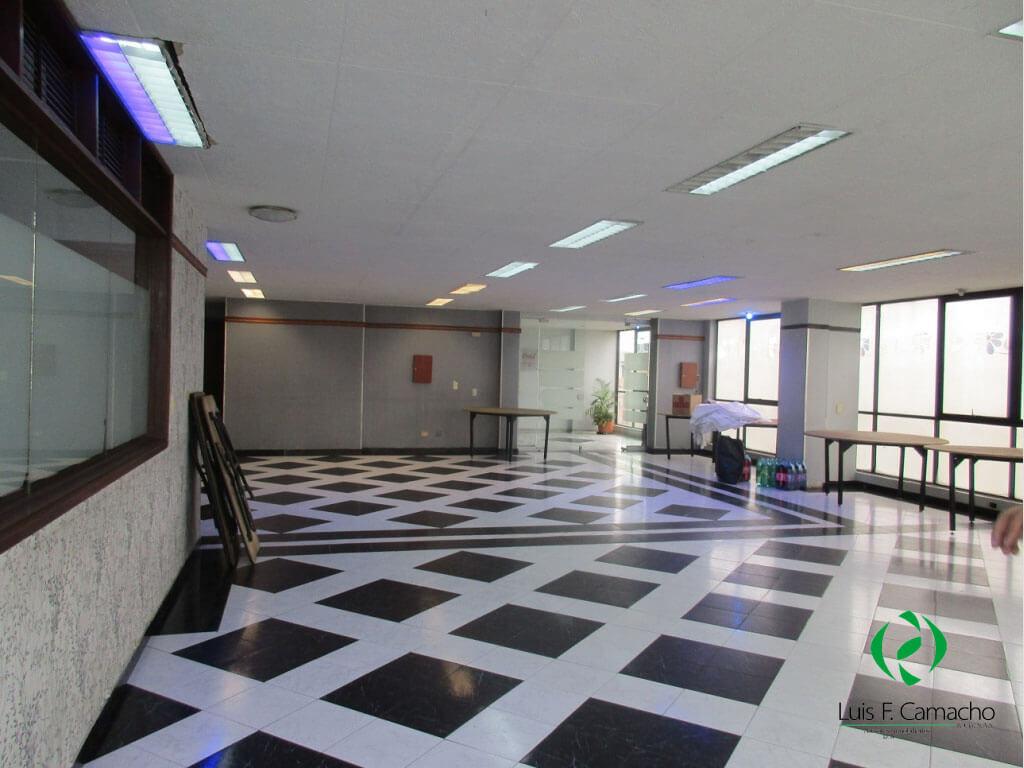 Oficina en Restrepo