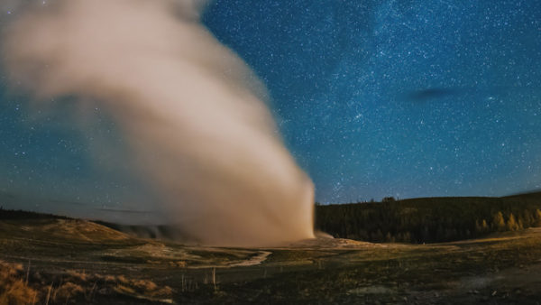 hades-exhales-skyglowrpoject-yellowstone4