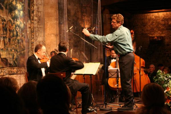 Vários concertos musicais de alta qualidade são organizados para os confrades do Tastevin.