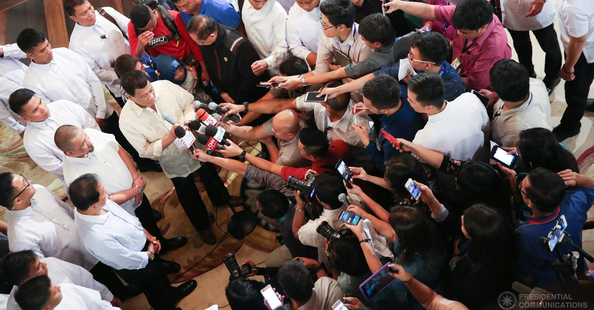 Duterte and reporters