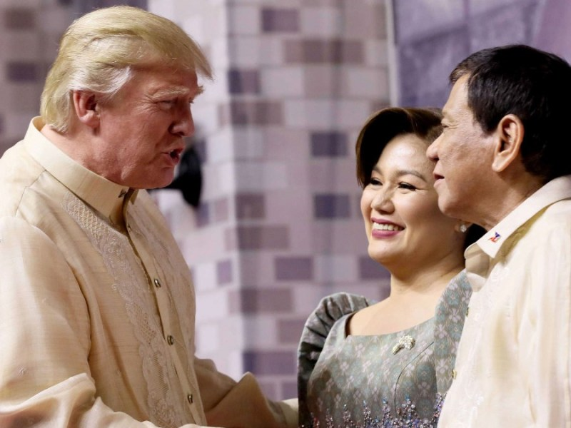 President Rodrigo Duterte and his partner Honeylet welcome US President Donald Trump