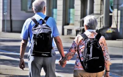 Companhia aérea indenizará por descaso com passageiros idosos