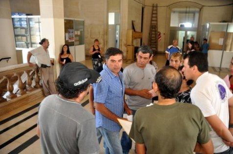 Los artesanos también dialogaron con los concejales