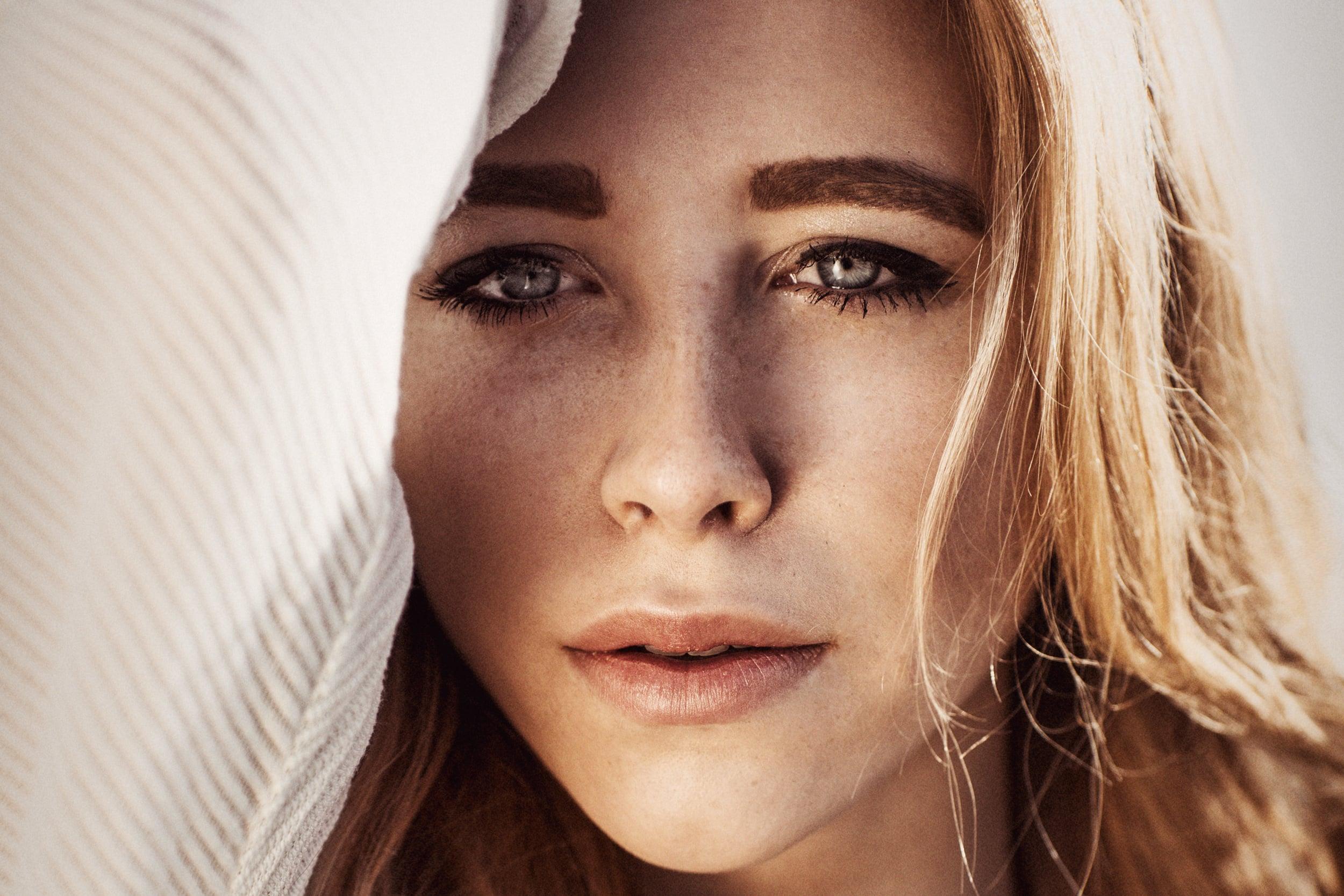 Portraits Models und Fashion  Fotograf Lukas Lehmann aus