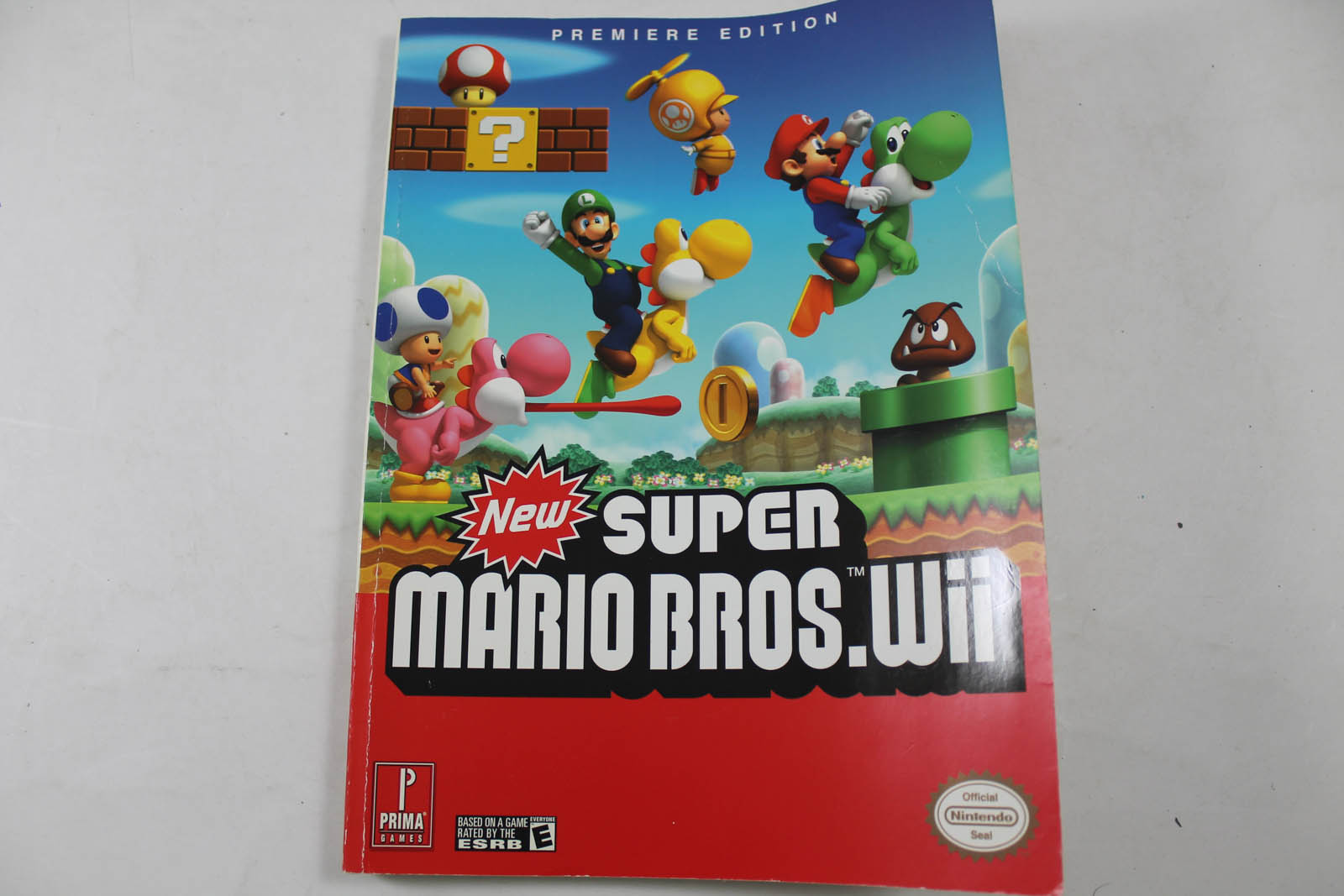 New Super Mario Bros. Wii Premiere Edition Guide - Prima Games