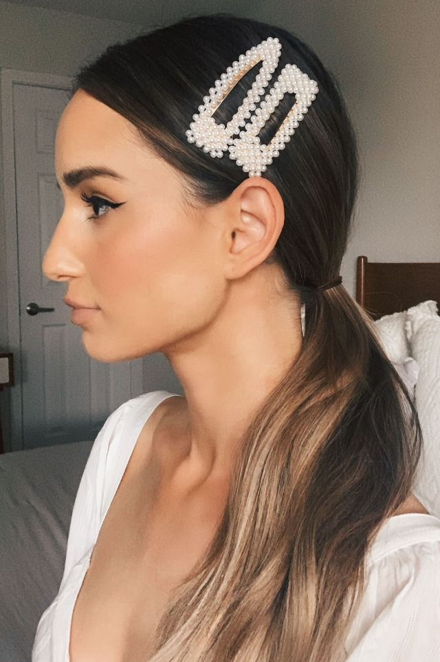 how to dress up a ponytail: 5 stylish tricks that are