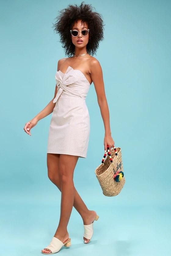Newport bege e branco listrado atado vestido sem alças 1