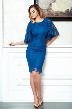 rochii albastre din dantela cu maneci fluture