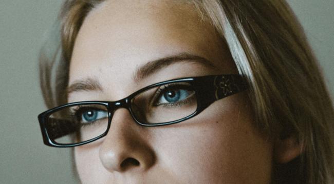 cum apare astigmatismul