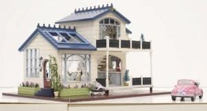 Casa de papusi din lemn pe care o construiesti singur DIY