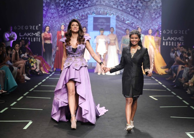 6 DEGREE PRESENTS DESIGNER SASHI VANGAPALLI AT LAKME FASHION WEEK S/R 2017 LFW LULU MEETS WORLD by LUMEN BELTRAN TRAVEL BEAUTY FASHION BLOGGER