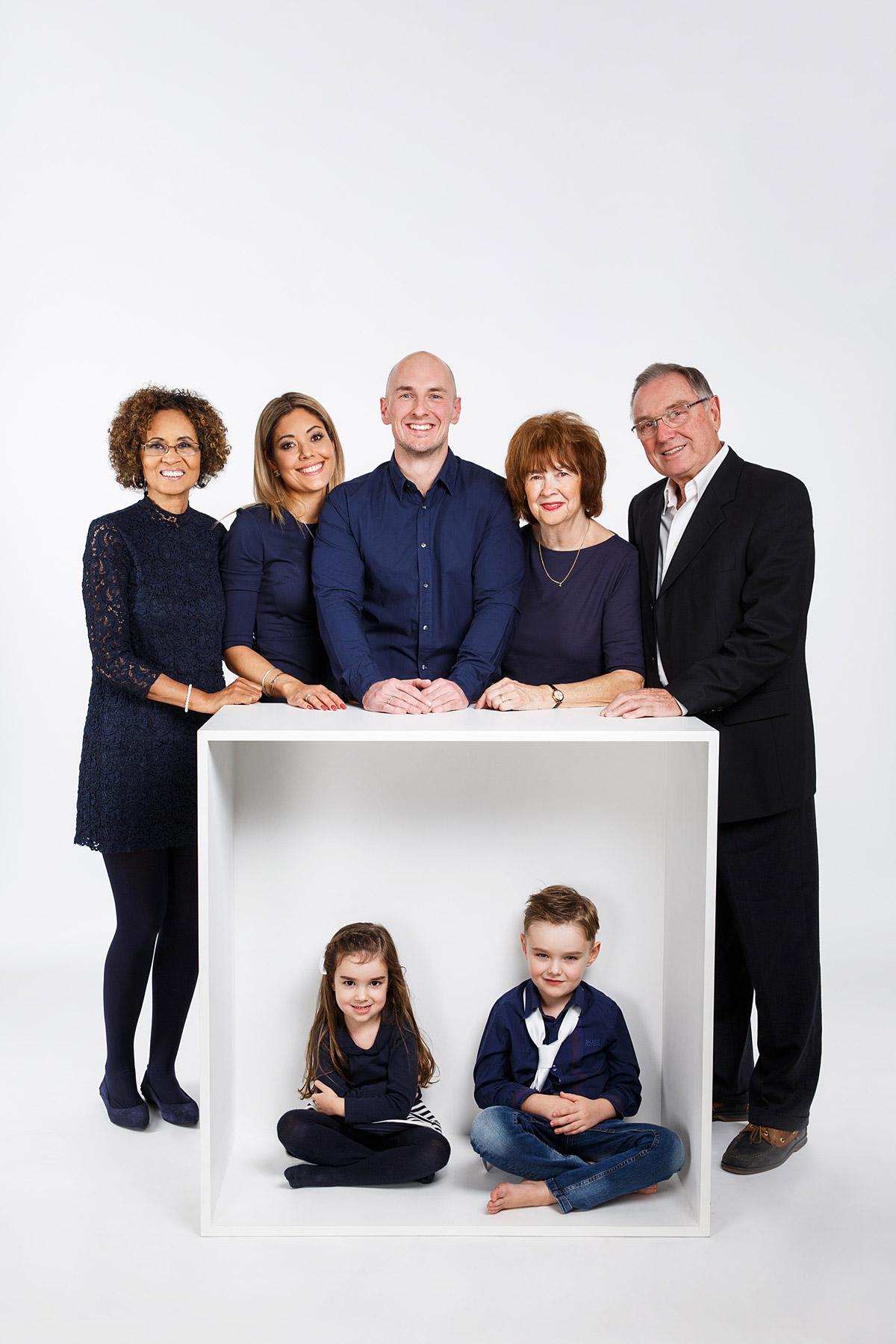 Natrliche Familienfotos in Berlin  im Fotostudio oder