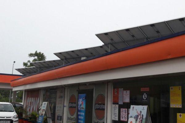 Solar Petrol Pump