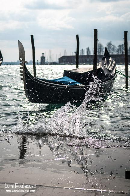 Venise - Italie - mer gondoles vagues paysage voyage