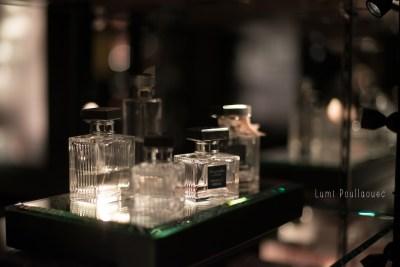 Shopping parfum à Paris. ©Lumi Poullaouec