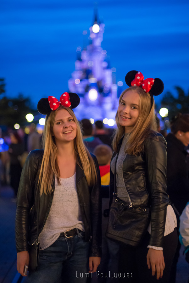 Noora & Katja chez Mickey-71