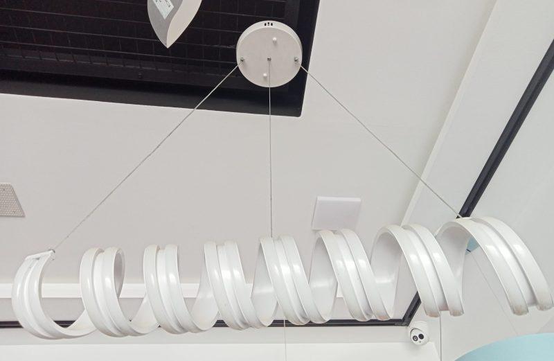 Lustre Moderne Suspension Luminaire LED 60W A Boucles pour Cuisine Salle À Manger Salon Restaurant réglable en hauteur 3000k 6000k dimmable
