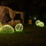 (Foto 16 -29) Giardino con Sfera bianco caldo da 40-50-100 cm (visiona video)