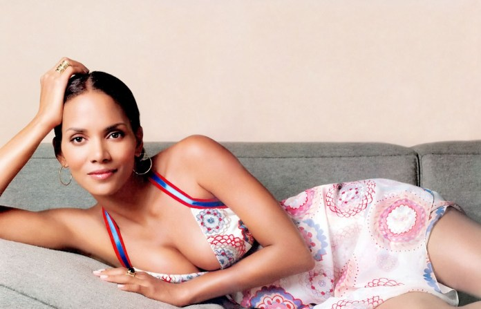 Halle Berry - mother