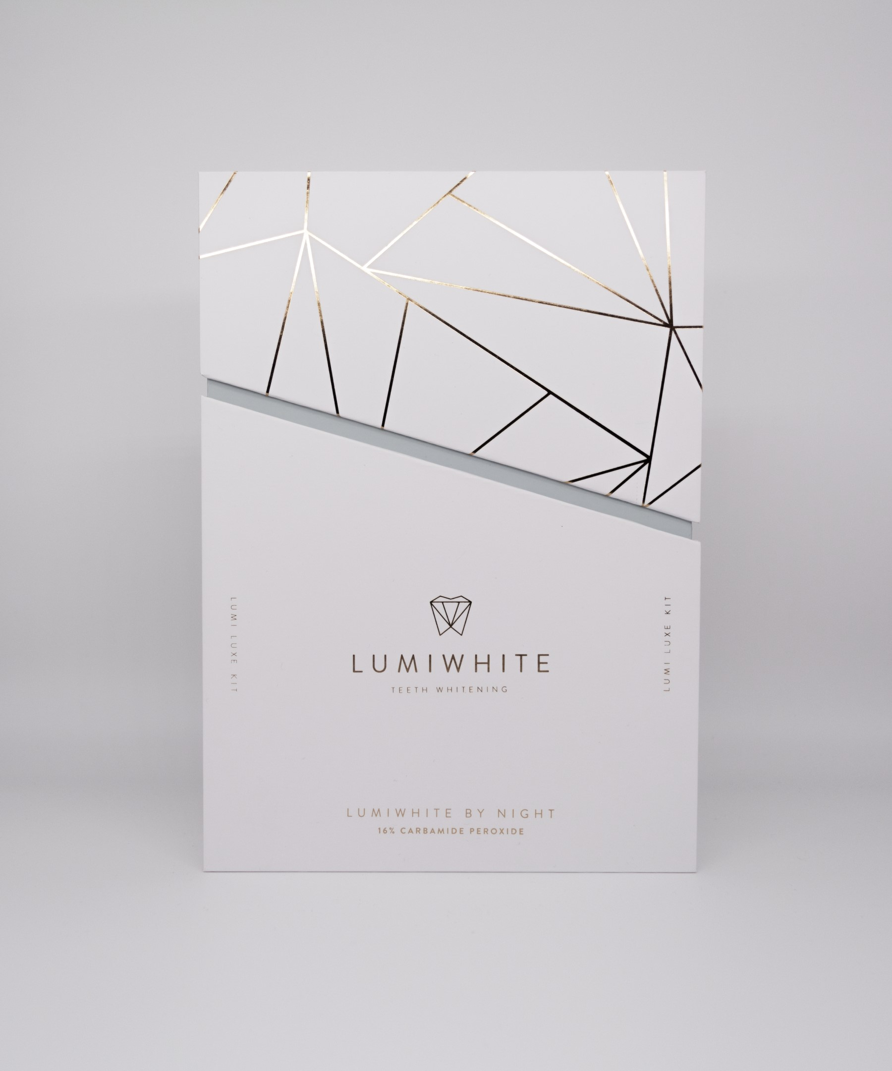 LUMI LUXE BY NIGHT 16% Carbamide Peroxide
