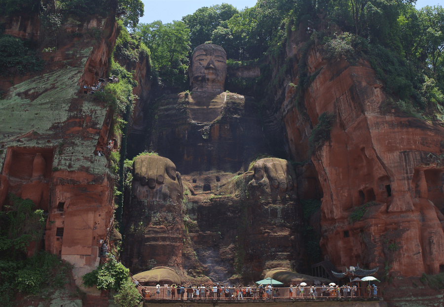 The Giant Buddha in all his glory.