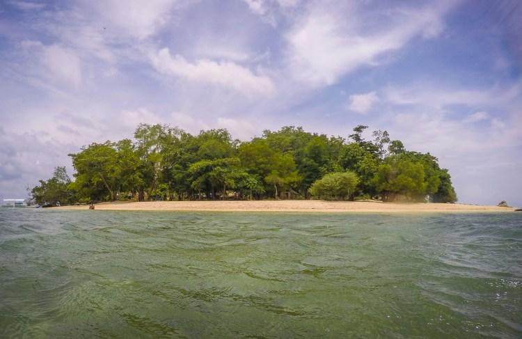 Calambuyan Island