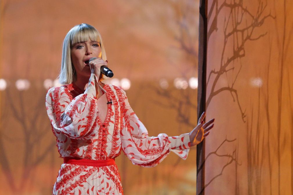 Molly Hocking - The Voice UK Winner | Booking Agent | Lunar Talent