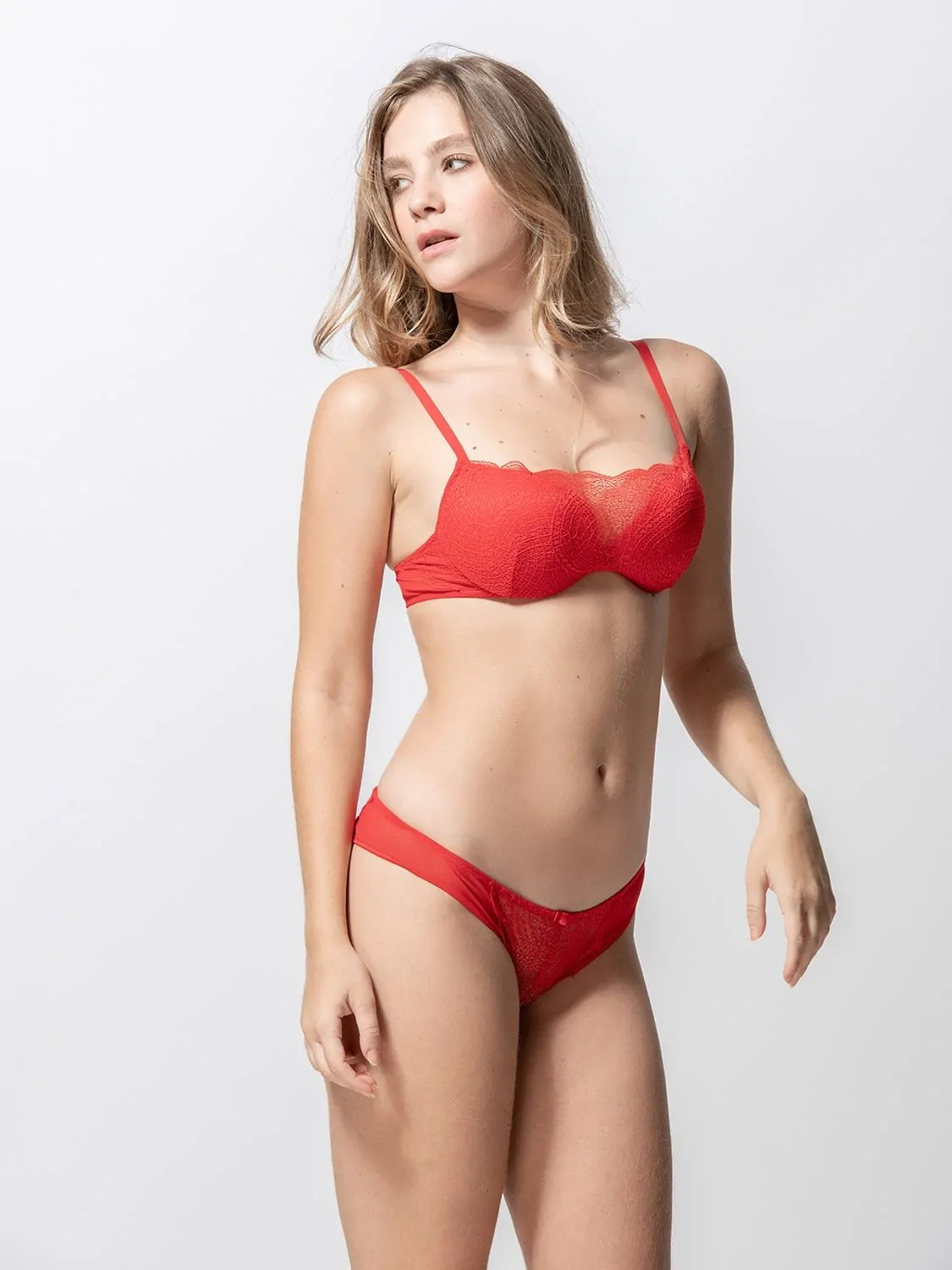Passion 85000 push-up & 25001 brief red side