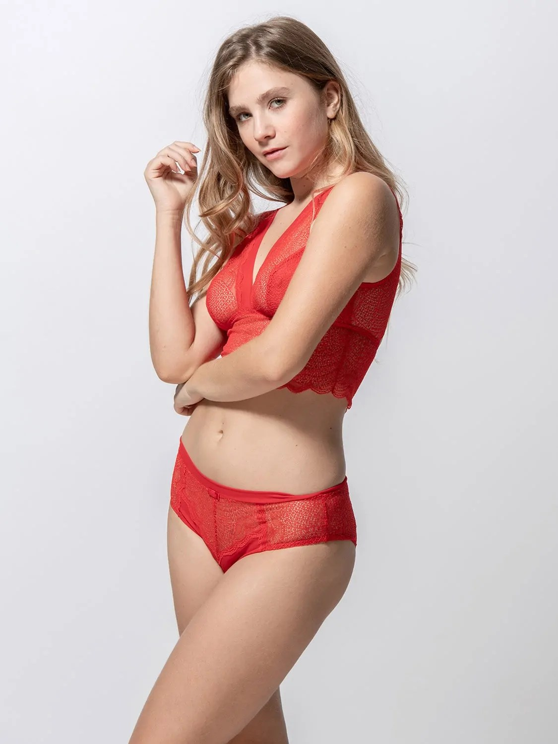 Passion 85001 bralette & 25002 hipster red side