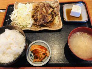 豚牛(とんぎゅう)村上牛焼肉定食