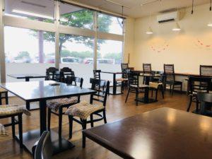 聖籠地場物産館 お食事コーナー テーブル