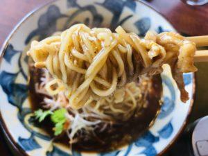 三宝亭 山田店 酸辣湯麺 麺リフト