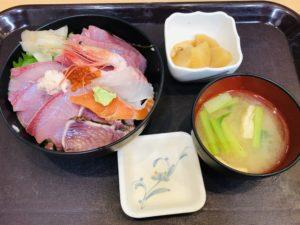 中央食堂 越後海鮮丼