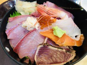 中央食堂 海鮮丼アップ