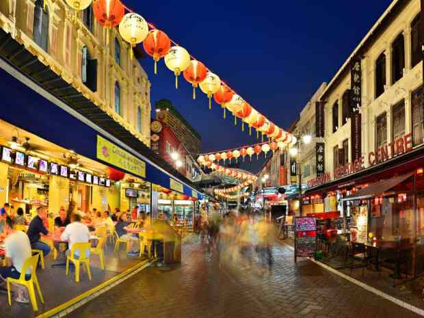 The Pagoda St market by night.