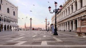 Venezia all'alba, il risveglio della città
