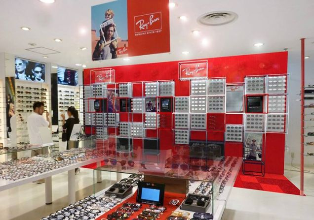 Ray-Ban Shop in Shop