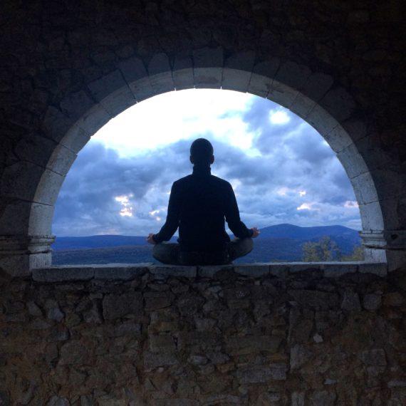méditation demi lune