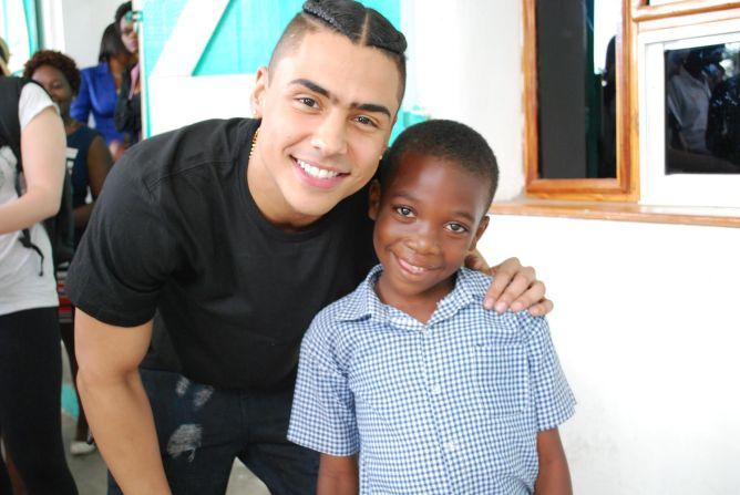 Quincy Brown with Smile Train patient in Cap-Haitien, Haiti.