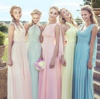 How Beautiful They Are When the Bridesmaids Wearing ...