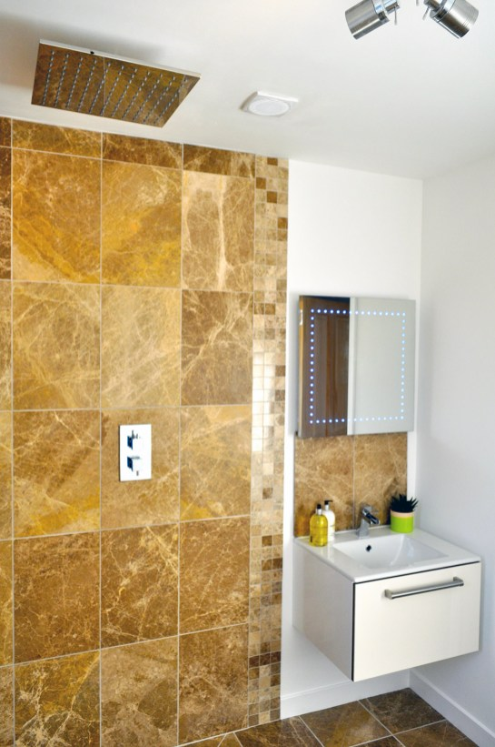 Shower room | Lurach House